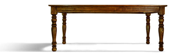 Raffles Dining table Fluted legs