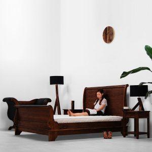 Sleigh bedroom set