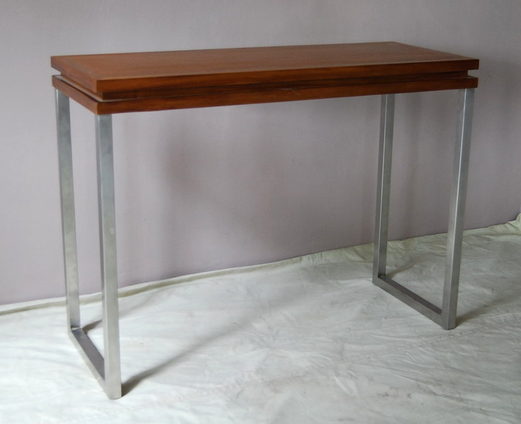 Alor Console Table