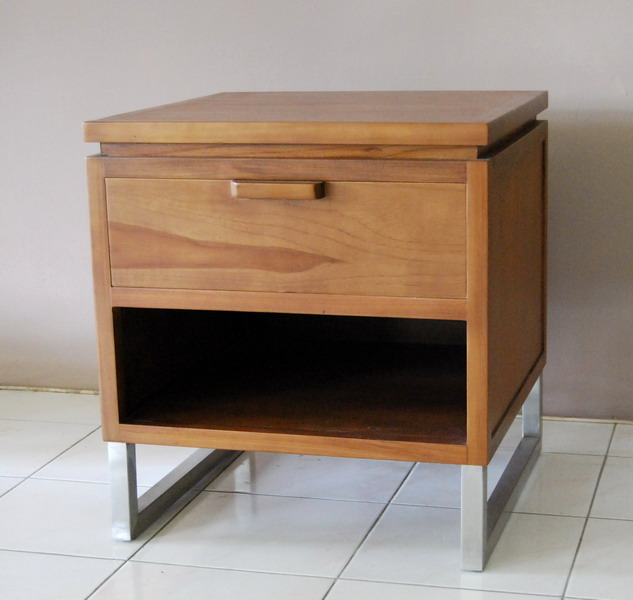 Alor Side Table