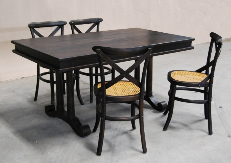 Marcela Dining set